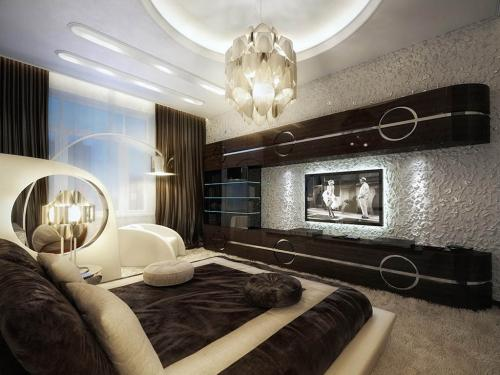 luxurious-and-comfy-brown-bedroom