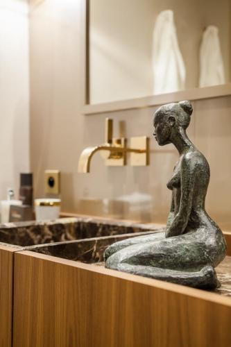 marble-basin